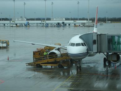 Flughafen München - Air Malta Maschine